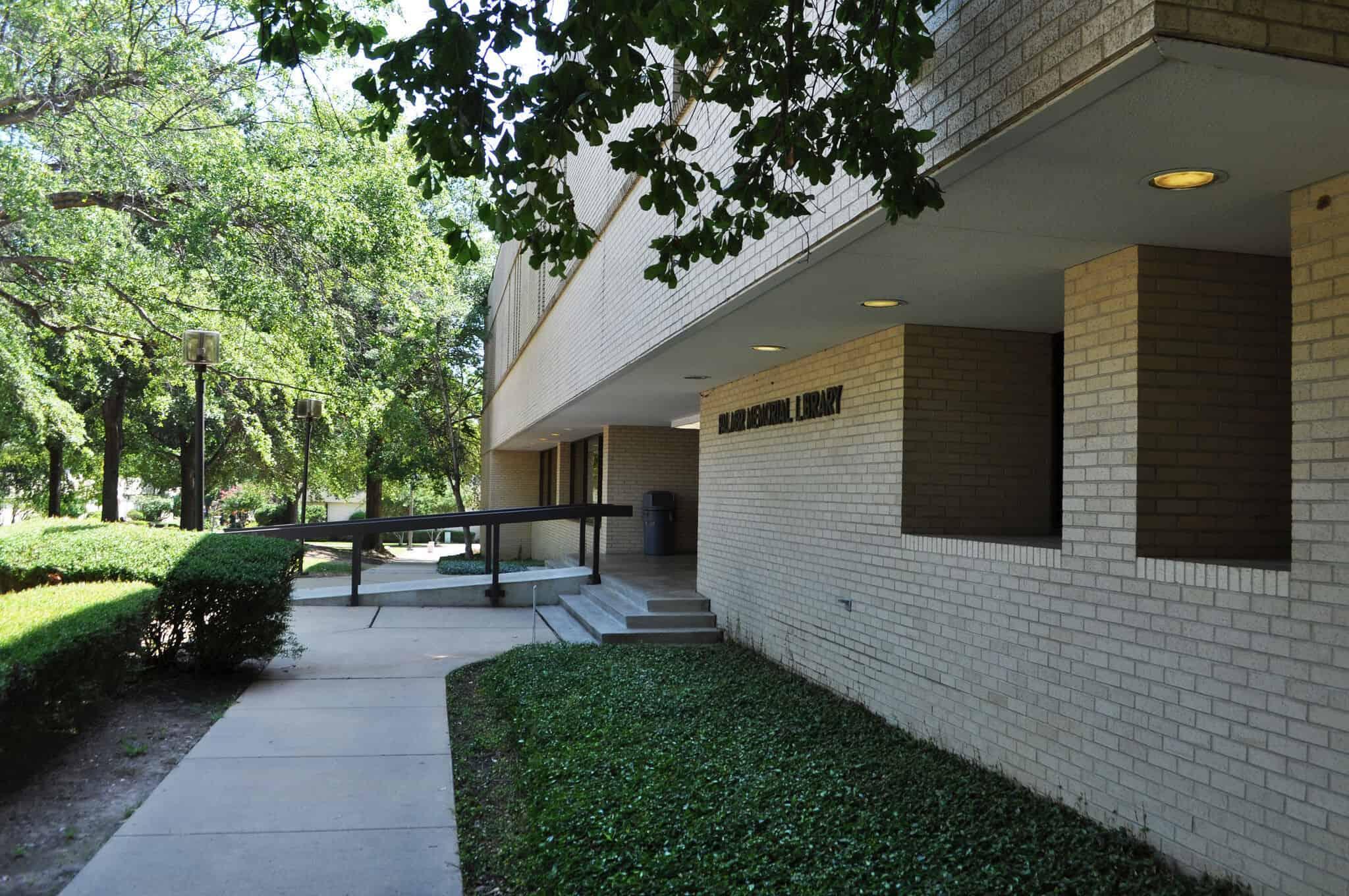 Celebrate National Library Week at Palmer Memorial Library