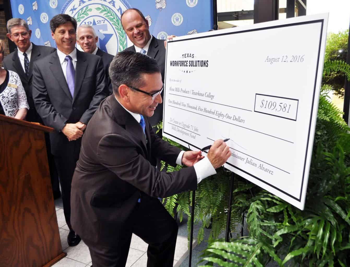 TC Receives Grants from Texas Workforce Commission and Alcoa Foundation for Industrial Maintenance Training
